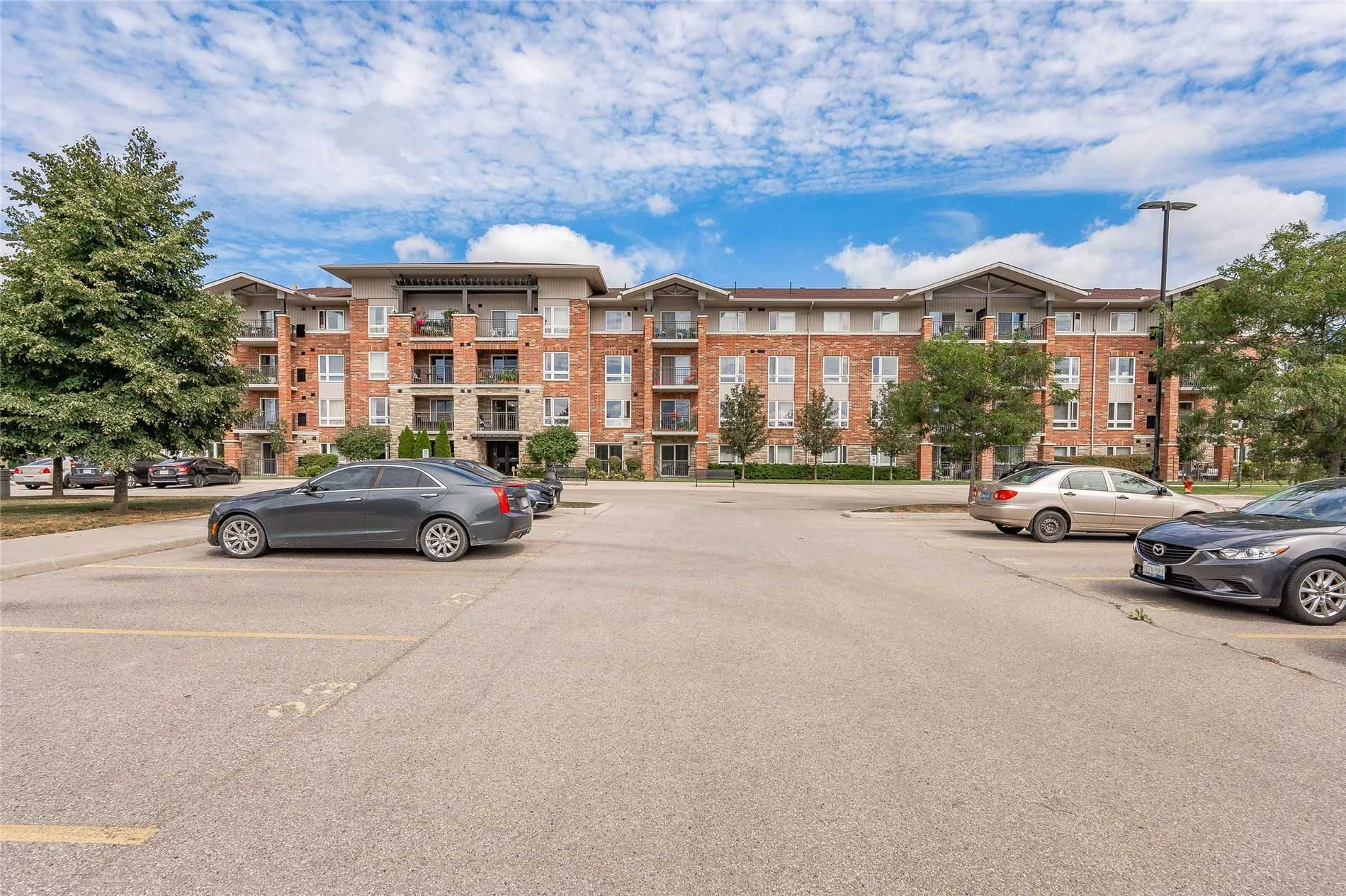 pictures of 19 Waterford Dr, Guelph N1L0G8