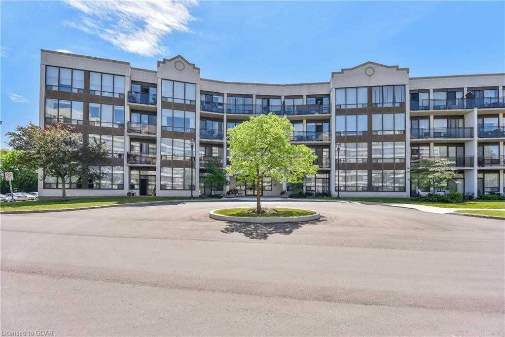 pictures of 105 Bagot St, Guelph N1H8H4