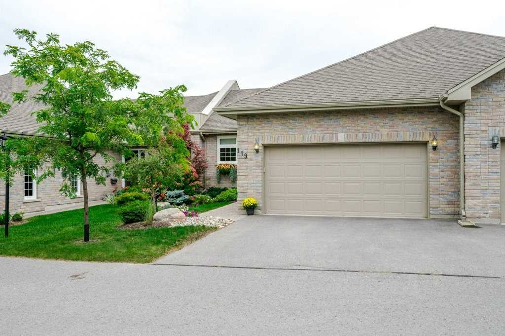pictures of 301 Carnegie Ave, Peterborough K9L1N2