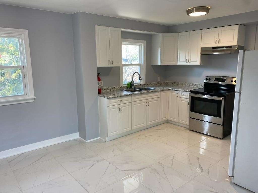 pictures of 80 Sullivan Ave, Thorold L2V2Y8