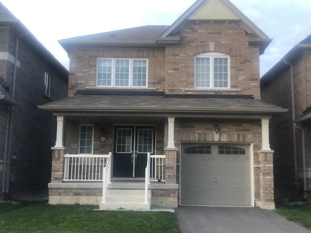 pictures of 34 Vaughn Dr, Thorold L3B5N5