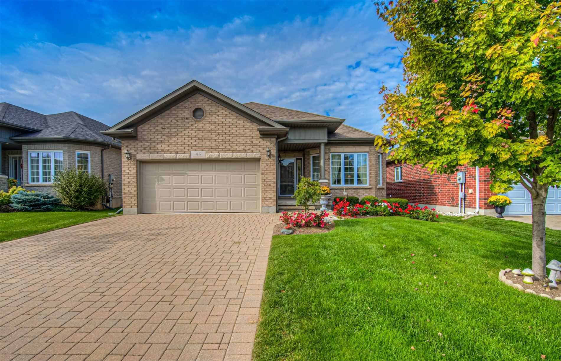 pictures of 46 Kettle Lake Dr, Wilmot N3A0C3